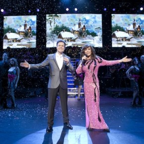 LED screens display the Donny and Marie show