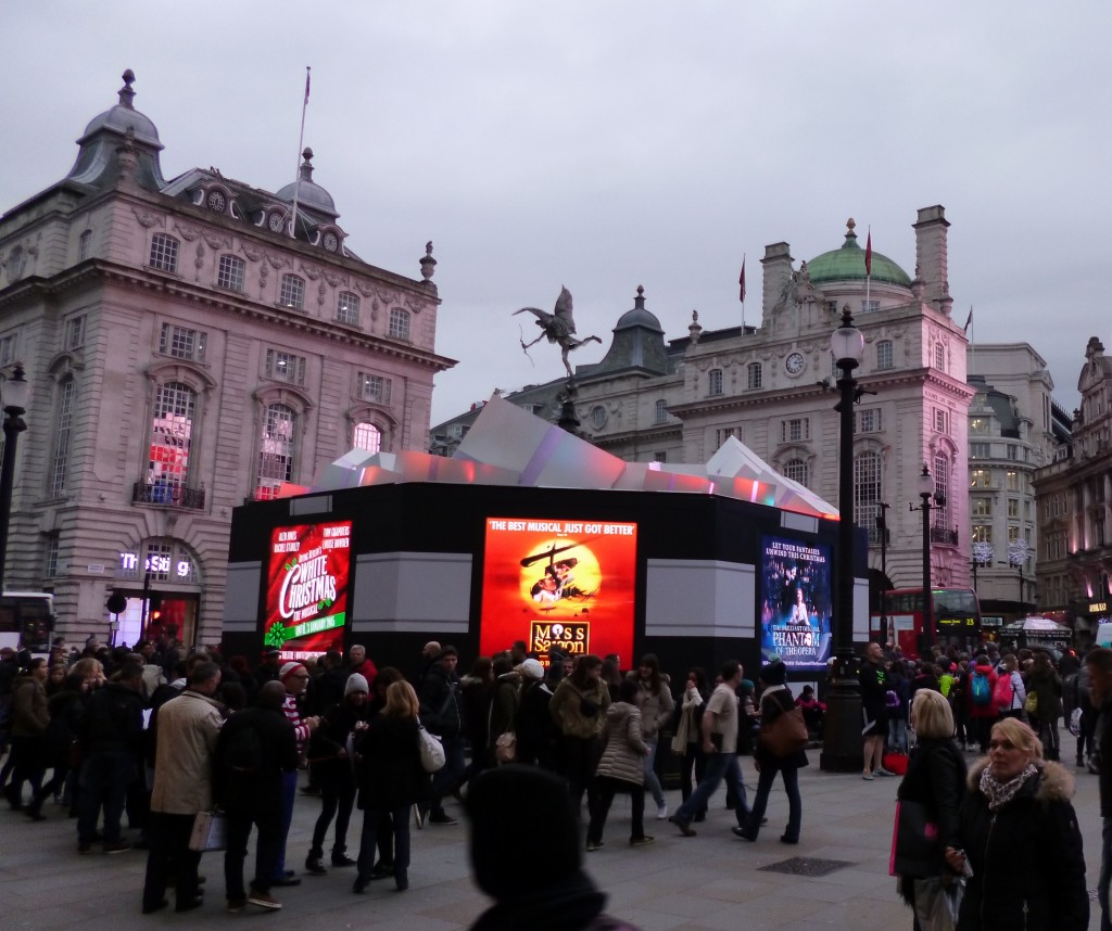 Eros Piccadilly HRi Blitz Dec 2014 (2)