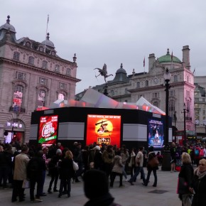 Piccadilly Presents LED Advertising this Christmas at Eros
